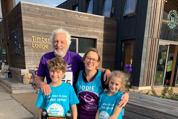 Jodie Rogers and her family at Target Ovarian Cancer's WalkRun 2018