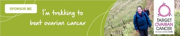 'I'm trekking to beat ovarian cancer', green Target Ovarian Cancer sponsorship email signature